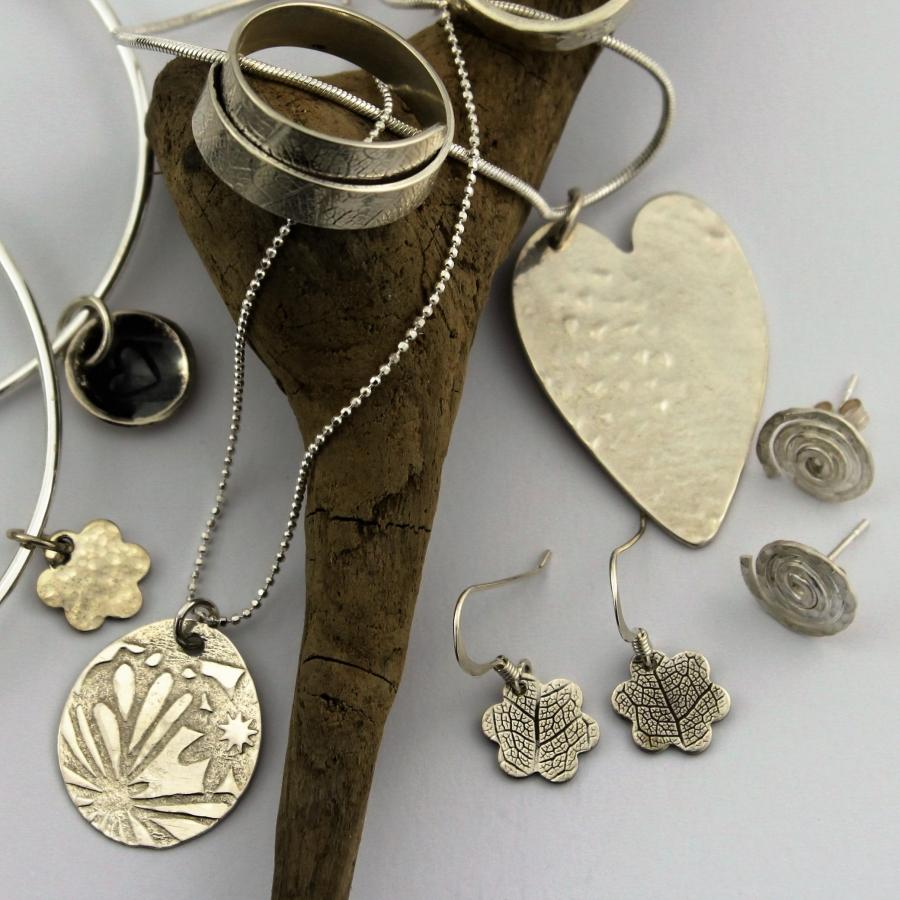 learn & make jewellery